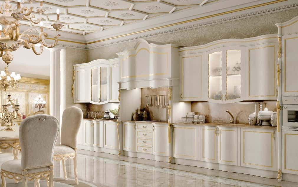 Cucine classsiche decorate di andrea fanfani for Arredamenti italiani